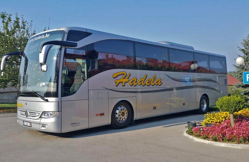 Autobus Hadela